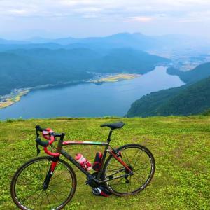 小熊山ヒルクライムで失神寸前 木崎湖一望で心を満たすライド