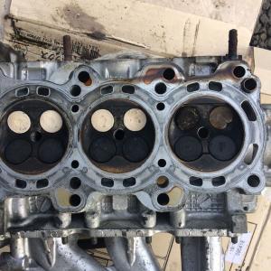 エンジン分解整備3-シリンダーヘッド取り外し-