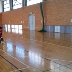 広い体育館で伸び伸びと自主トレできました