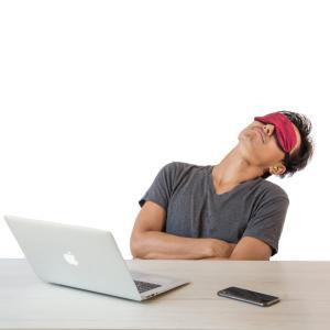 一分仮眠法を仕事中に行うのって無理じゃない?【やり方4つ】