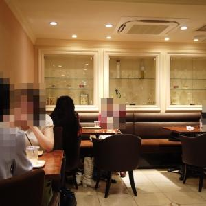 PATISSERIE SAKURA 2階のカフェスペース