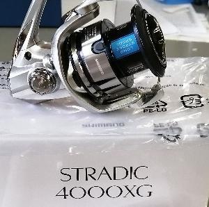シマノリール 【19 ストラディック 4000XG】 20ツインパワーとの違い