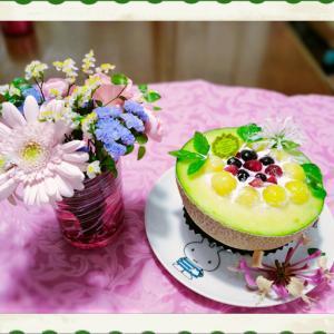 雨の日散歩と誕生日ケーキ