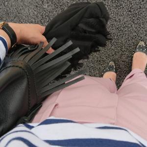 とりあえず、今電車でピンク着てるのあたしだけ