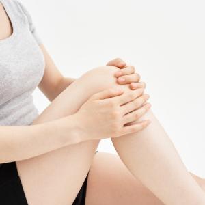 変形性膝関節症に関わる5つの症状