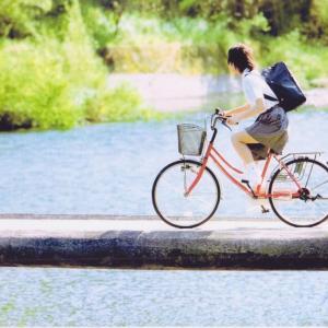 【Get】【Wet】【女子高生】JKが雨の中自転車通学してたんやがつるんつるんやん!?