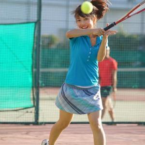 【3po進】【Nde】【2poさがるんるんっ】ボールを拾う女子テニス部員さん、パ○ツ丸出しなのに気づかないωωωωωωω