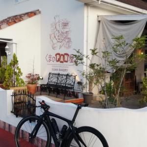 高知市北川添のくまのPAN屋にパンを買いに行く朝活、惰性で正蓮寺の昼活