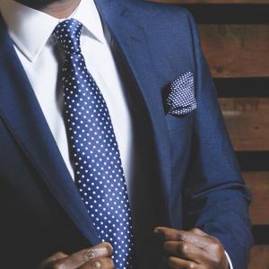 Brooksbrothersのネクタイはプレゼントにおすすめ!【小物とあわせてご紹介】