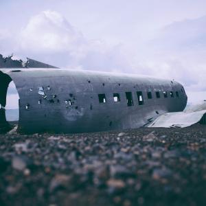 英・旅行代理店大手・トーマスクックが破産。ツアー旅行の危うさを考察。