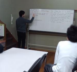 インターナショナルスクールで学ぶ子どもたちの様子