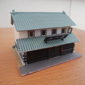 ジオコレ・漆喰造り蕎麦屋の電飾