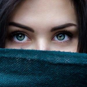 【女性必見】お肌のトラブルを招きやすい食品3選