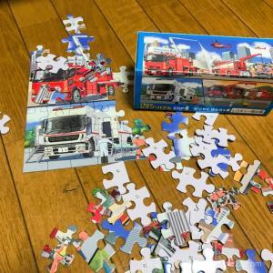 【2歳児とパズル】ジグソーパズルの方が板パズルよりおすすめな理由