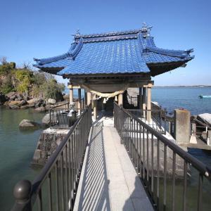 万葉の里 龍神社と水島