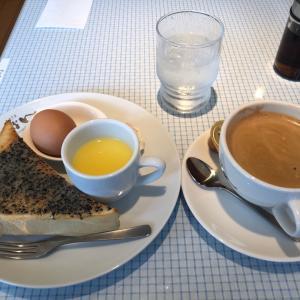 ビターブレンド珈琲&黒ごまトーストモーニング カフェしょぱん大垣店