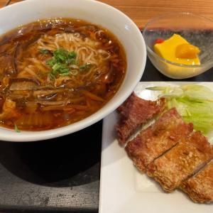 酸辣湯麺・小籠包セット 上海湯包小館星ヶ丘テラス店(千種区)