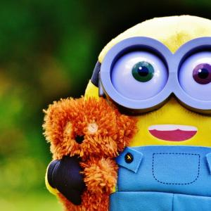 amazonプライムで映画「ミニオンズ」を見て子供向けに大人を巻き込む商法に感心した話