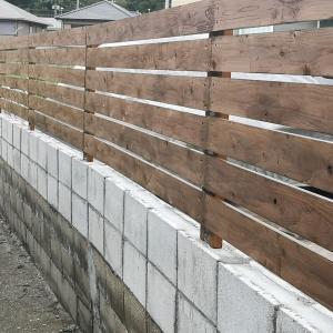 台風に耐えた自作ウッドフェンス!