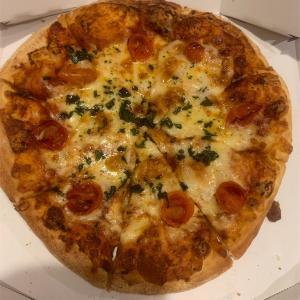 【ドミノピザ】持ち帰りでピザを食う