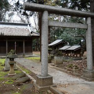 古ケ場八幡宮 力石が主役です