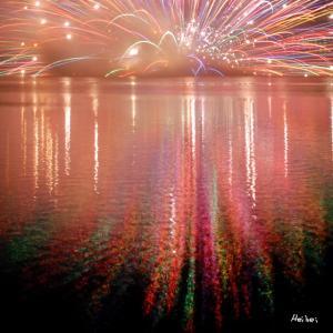 夜の伊佐沼を彩る小江戸川越花火大会