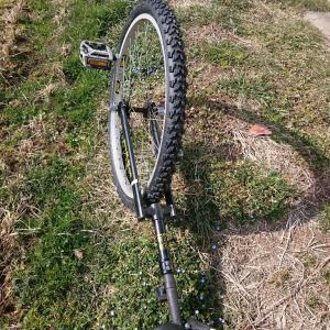 26インチ一輪車の3回目のタイヤ交換をしました。