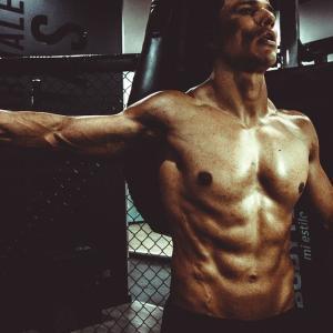 胸の筋トレで効果を出すための最短の方法【たった1つの種目を極める】