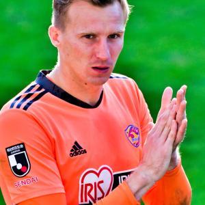 <悲報>GK「ヤクブ・スウォビィク」が今季限りで退団 ~クラブの資金難が原因~