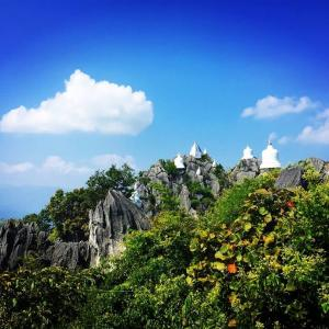 【旅の小話】タイのワットプラプッタバートプーパーデーンでの出来事。