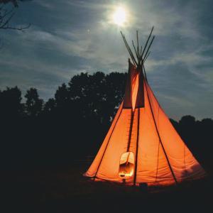災害時に必要なもの キャンプ用品が役立つ