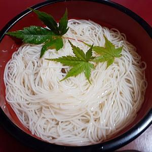 とりあえず素麺  台風通過中 涼しい朝