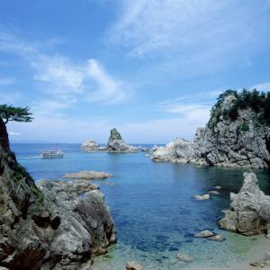笹川流れ遊びの宿泊で近くの民宿か瀬波温泉かで悩んだら?