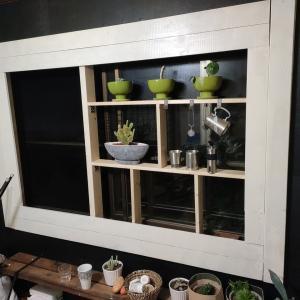 窓を額縁にするDIY→掃除!