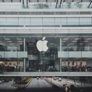アップル住宅危機に25億ドル拠出