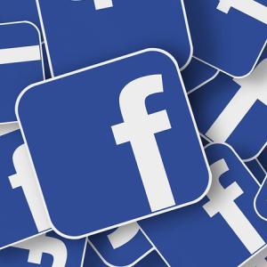 FTC フェイスブックを年内にも提訴か
