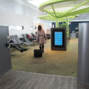 ミュンヘン空港 乗り継ぎ時間の過ごし方 NAPCABS(ナップキャブ)で仮眠できる!
