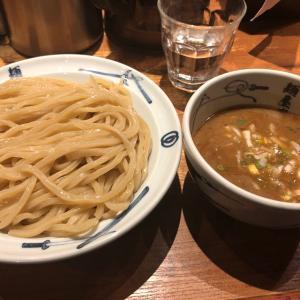 ド魚介系ツルシコ麺のつけ麺が有名なお店