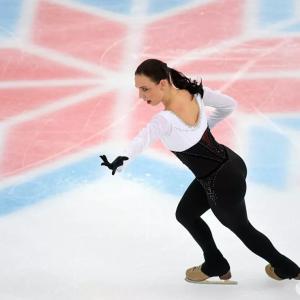 レオノワは彼女のグループからコリャダが去ったことでチェボタリョーワコーチを励ました
