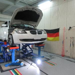 BMW E60 530i アライメント調整