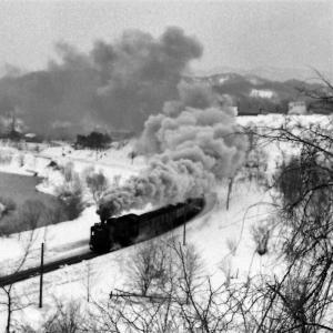 昭和50年蒸気機関車D51 三笠駅近くで石炭列車を撮影