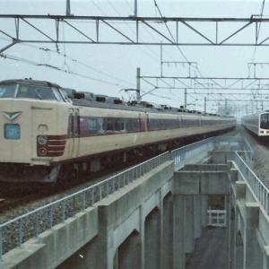 舞浜駅で撮影した「さざなみ」号