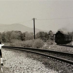 こんな時代もありました~線路の中で撮影