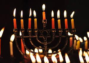 ハヌカー(神殿再奉献祭一日目)、光を灯す