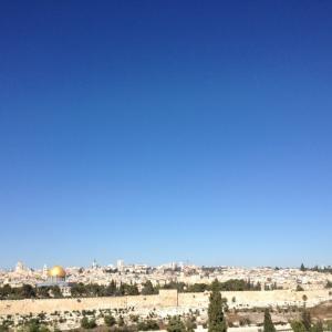 エルサレムに御顔を輝かす