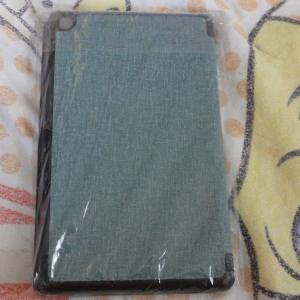 fire7のタブレットのカバーと液晶保護ガラスフイルム