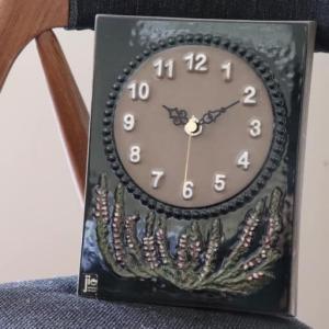 陶板と時計 ‐Sweden Jie Gantofta