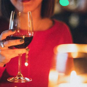 デザートワインとは?渋いワインが苦手な人にもオススメの甘口ワイン