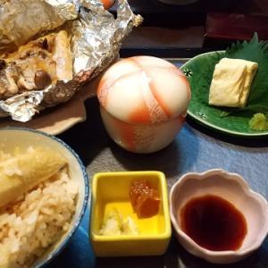 「奏樹庵」日替わりランチ(サーモンのホイル味噌バター)~名古屋市中区栄の居酒屋・定食屋