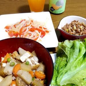 今が旬の給食☆里芋のそぼろ煮☆ひき肉を使い回して美味しいおつまみ☆